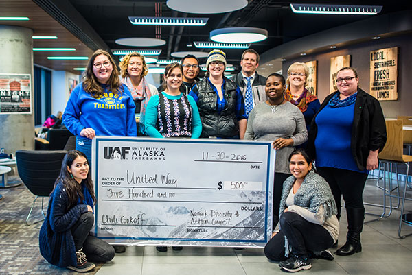 2016 United Way Campaign committee and donation check