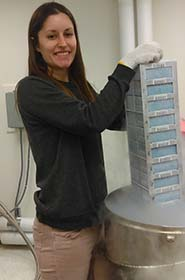 Kendall accesses tissues in the Genomic Resources collection.